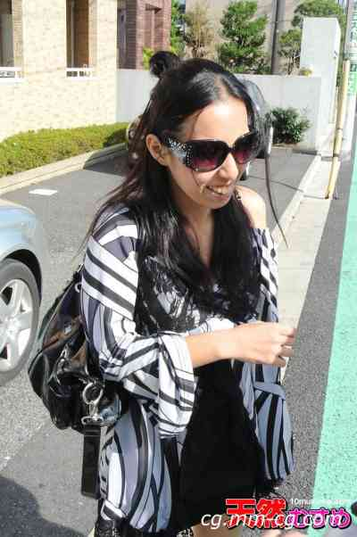 10musume 2012.12.04 風の美女 発見在大街上