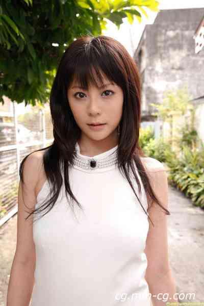 DGC 2011.11 - No.985 Nana Aida (愛田奈々)
