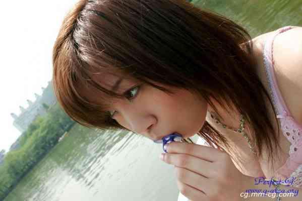 G-AREA No.177 - hinako ひなこ  18歳 B88 W60 H80