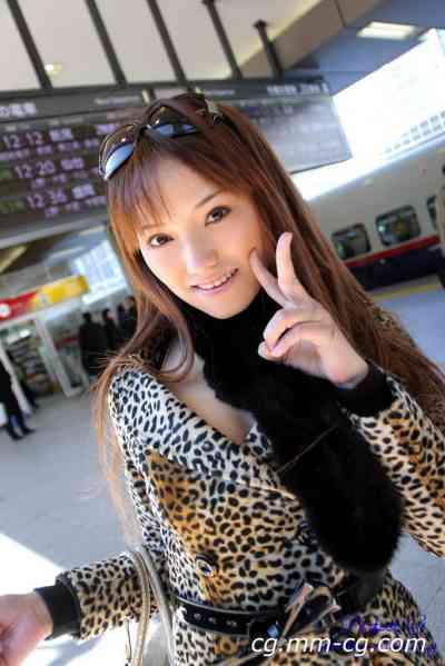 G-AREA No.214 - emina えみな 21歳  T160 B87 W60 H86