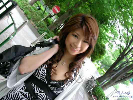 G-AREA No.238 - yuzu ゆず 19歳  T160 B88 W59 H93