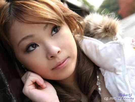G-AREA No.269 - iyo いよ 18歳  T155 B83 W61 H83