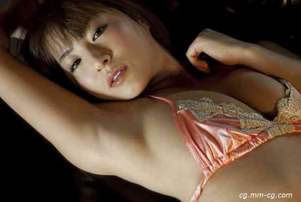 image.tv 2012.03 - Emi Tachi