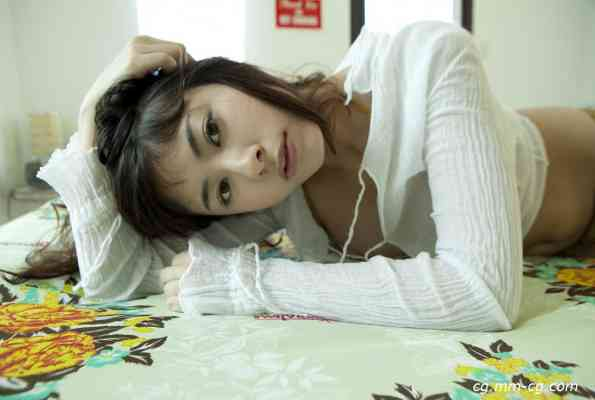 image.tv 2012.03 - Maki Yamamoto