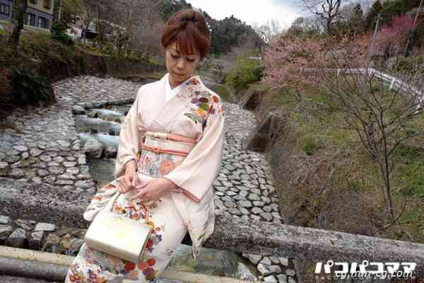 Pacopacomama 010413-819 着物でカーセックス-池田郁子