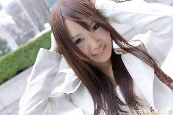 Real File 2010 r309 CHINATSU YAZAWA 矢澤 ちなつ