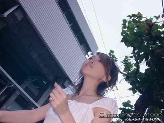 Shodo.tv 2003.08.07 - Girls - Ryoko (涼子) - 宝石販売員