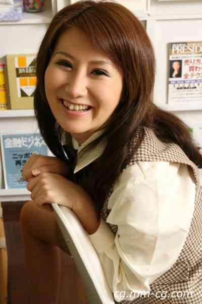 women inside 095c_akiho