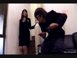 CETD-240-[中文]以腋毛色誘男人的癡女社長 全身散發性感魅力的腋毛癡女沉迷於抽插快感開始不斷追求各式各樣老二 波多野結衣