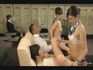 SDDE-374-[中文]用「制服、內衣褲、全裸」款待 跨騎小穴航空 3