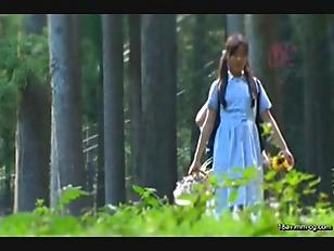T28-379-[中文]來到森林中的全員住宿制寄宿學校無毛少女們懷孕的亂交事件