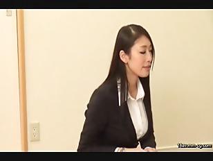 SCOP-291-[中文]來拜訪業務的巨臀性感OL。為了取得訂單拚命下跪拜託,故意露出勃起老二實際驗証看看是否能作愛!!! 2