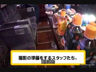 REAL-555-[中文]若能忍受住上原亞衣的肉棒套弄的話就送上10萬圓