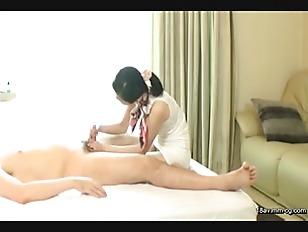 SCPX-049-[中文]聽說在某高級人妻打手槍沙龍裡剛出來賣的新人可以要求她以肉體愛撫充滿前列腺液的老二,甚至還能以特別服務的一種為由要求無套插入的傳聞是真的嗎?