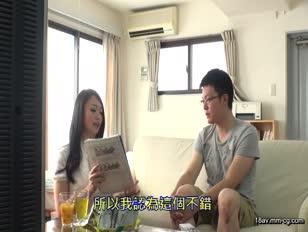 SSR-021-[中文]以下流的眼神及乳溝引誘客人勃起的巨乳女業務!