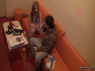 MIMU-028-[中文]讓來到卡拉OK的辣妹喝下昏睡率100%的毒藥飲料後強暴!