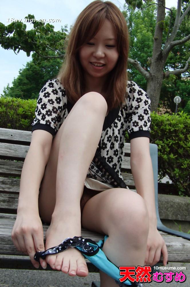 最新の天然素人032813_01ジングル娘、恋する裸の広場
