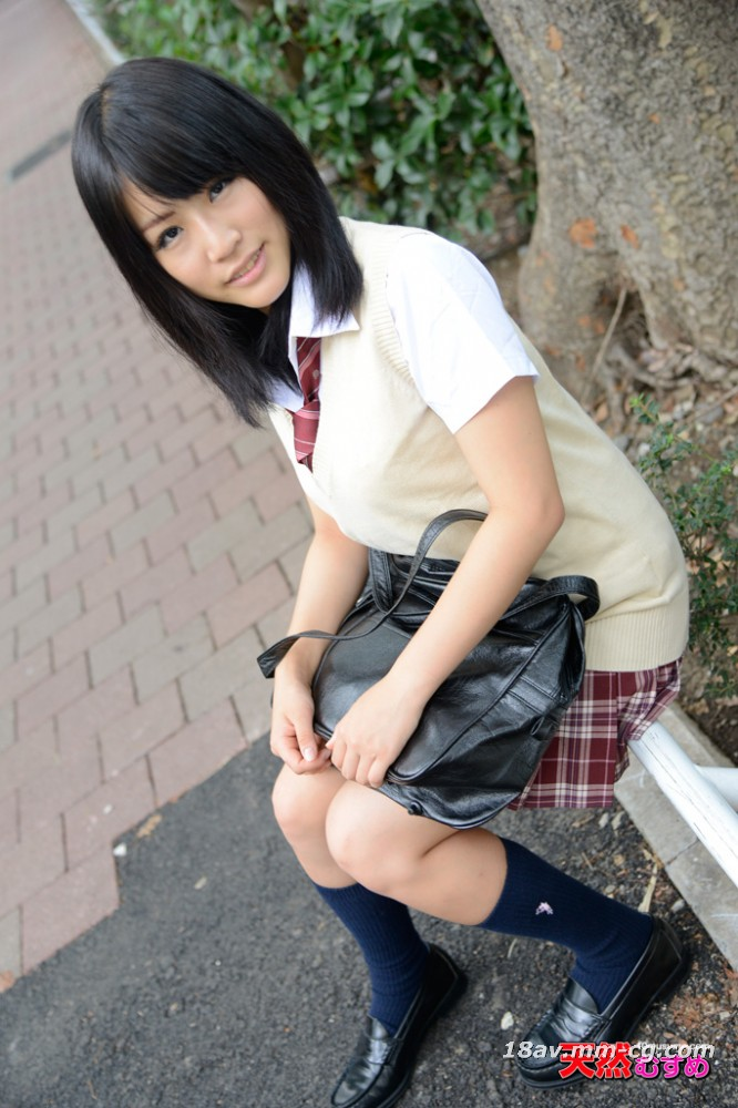 The latest natural amateur 121413_01 uniform age, the girl who met the bulletin board, Yumu