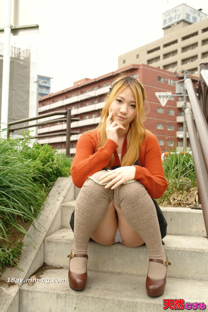 The latest natural amateur 031114_01 public toilet blowjob is a wonderful 19-year-old girl Hashimoto Miho