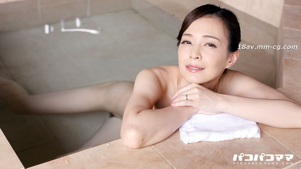 Latest pacopacomama 010117_196 Exposed Hot Spring Affair Travel 36 Rika Suwon