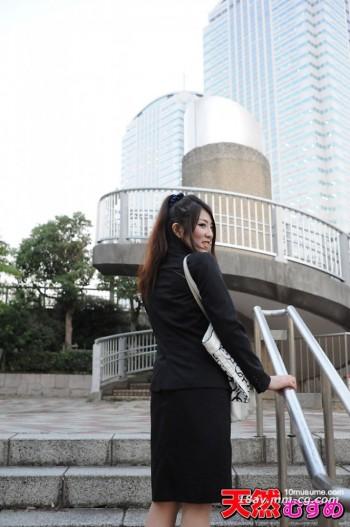 最新天然素人 013113_01 外資系目標的熱情求職女兒