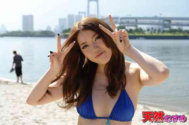 10musume 2012.09.05 サマーガチナンパビーチ7  巨乳美人とはまずセフレから 宮崎さくら