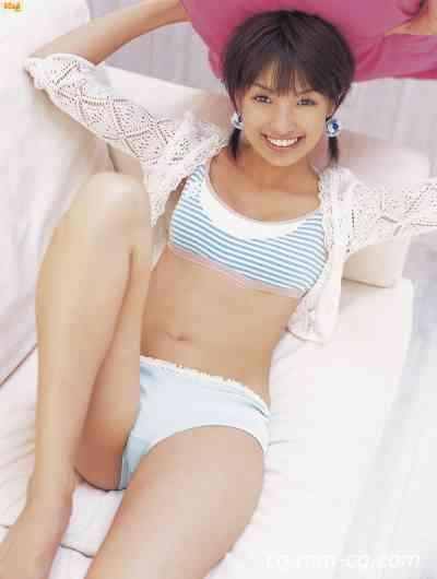Bomb.tv 2007-04 Akina Minami