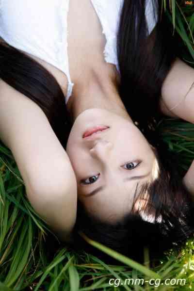 Bomb.tv 2010.04 GRAVURE.Channel Miyake.Hitomi