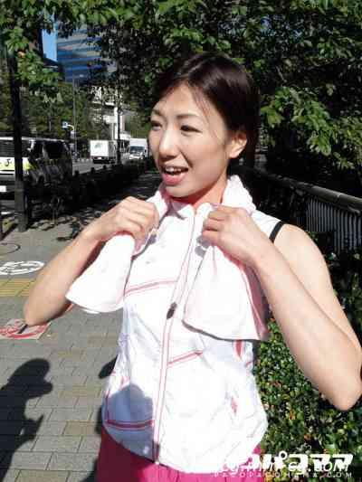 Pacopacomama 100212-750 ジョギングミセス ~美乳ランナー~山城みずほ