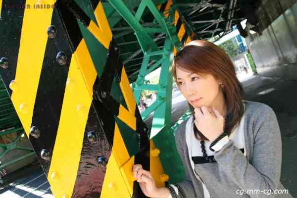women inside 090atsuko