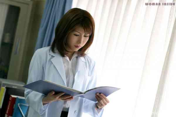 women inside 118c_tomoko