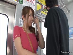 MIDE-110-[中文]用不穿胸罩的爆乳誘惑。木下安曇